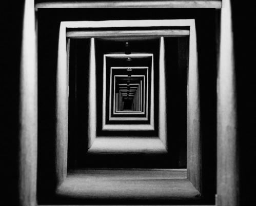 BRAIN 05 corridor